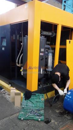 Техобслуживание компрессора мощностью 280 кВт